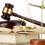 Cabinet juridique ou avocat : quelle est la meilleure solution ?