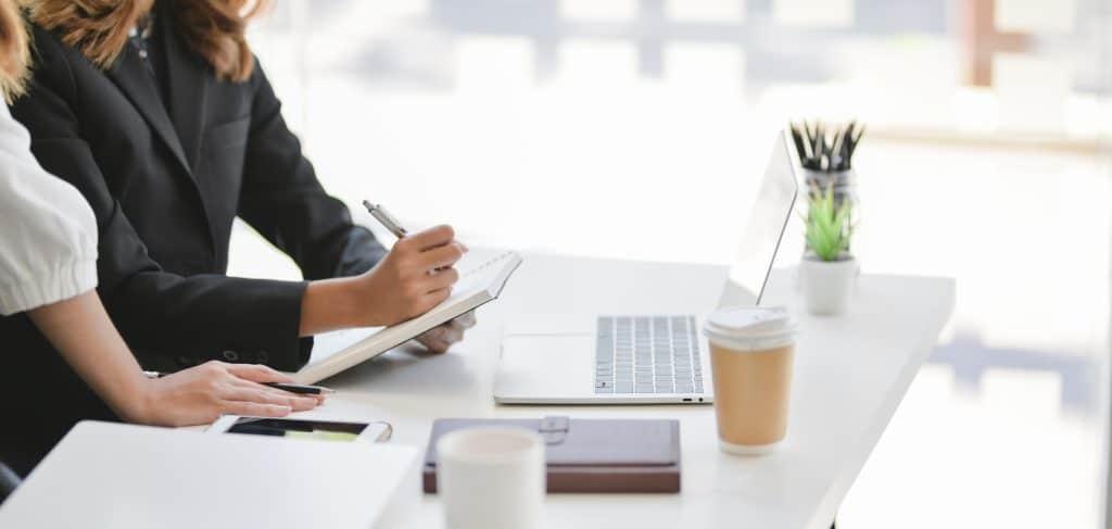 Quelles démarches effectuer pour créer une entreprise en ligne ?